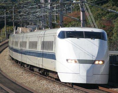 [玩具共和國] MA A7358 300系新幹線 F8編成 パンタグラフ削減後基本8両セット