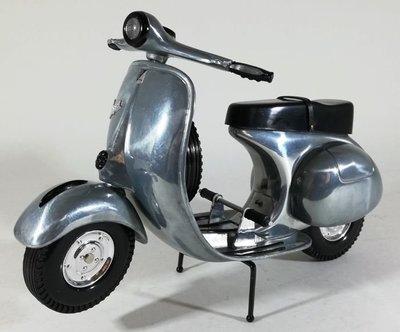 八田元氣小棧:(日版)XONEX社製 1/6 RALLY MOTOR SCOOTER VESPA 限定收藏品。
