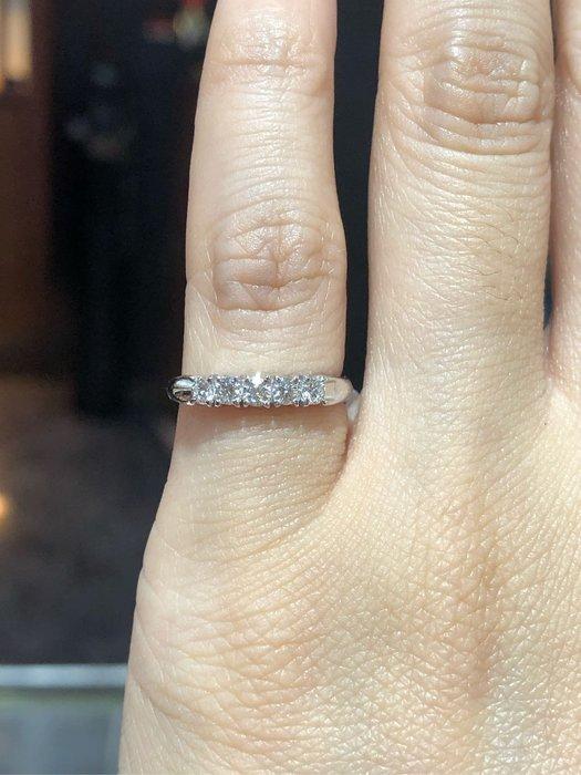 25分天然鑽石鉑金線戒,尾戒款式,可修改戒圍,經典款式設計怎麼戴都好看,鑽石超白,超值優惠商品18800,可修改各手圍戒圍