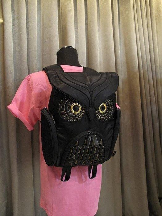 黑底金線貓頭鷹後背包(M) ,實品拍攝有店面,香港Morn Creations授權🌟最特別的禮物都在奧爾思🌟