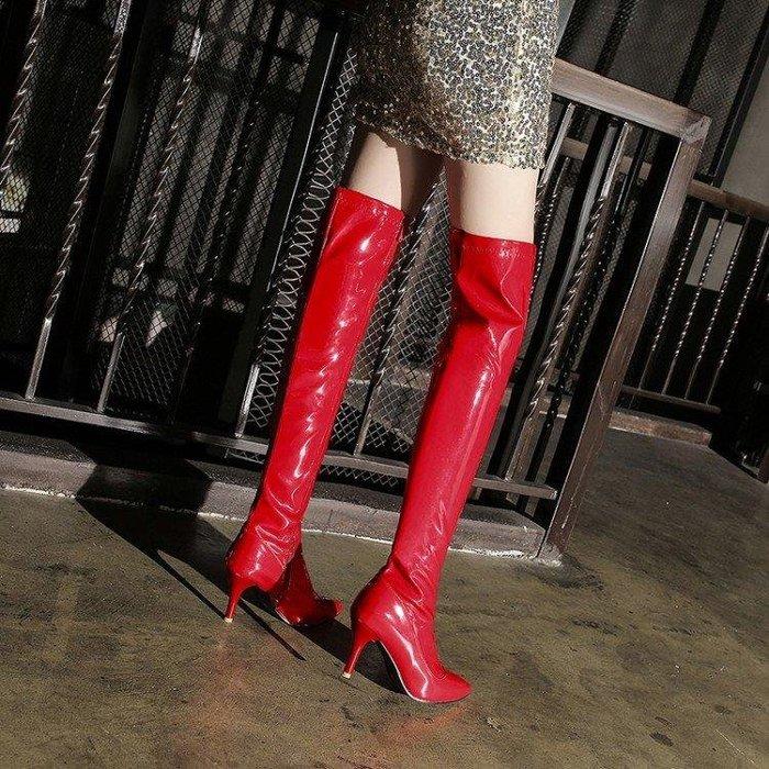 【星居客】精美女鞋大小碼女鞋  走秀輕熟高跟細跟漆皮修身顯瘦尖頭彈力舞靴過膝高筒長靴大碼靴子S932