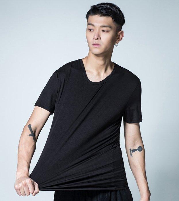 [C.M.平價精品館]M碼現貨/簡約V領百搭有型棉質短袖T恤