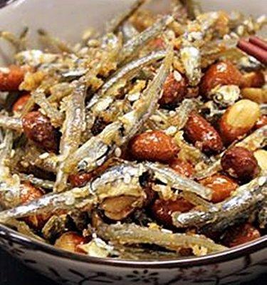 阿香師 - 澎湖花生小魚乾 - 採用北港花生、澎湖小魚乾、100%手工製作(600公克下標區)