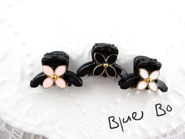 ~*BlueBo*~Korea 韓國飾品 超好用 4葉花朵小鯊魚夾    小抓夾~2.8cm