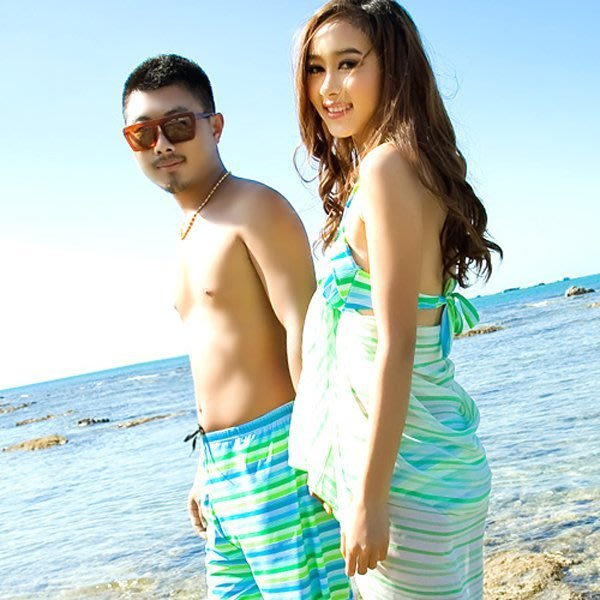 5Cgo【鴿樓】會員有優惠 23577740296 韓國情侶沙灘情侶裝日本新款鋼托小胸比基尼 女 泳衣三件套泳裝