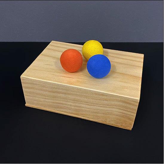 【天天魔法】【1897】盒中球~劉謙表演過~小球進木盒(盒中球)