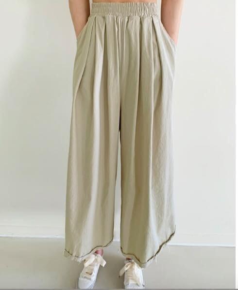 美麗喵。現貨。正韓 韓國製 腰圍鬆緊 薄料 下反折 休閒寬褲 寬褲裙(2色)