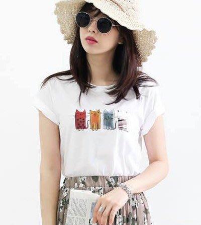 美麗喵。現貨。正韓 韓國製 水彩感可愛4貓圖案 短袖棉質T恤上衣(2色)
