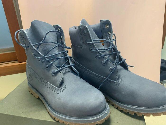 《現貨供應》Timberland 防水靴 中筒靴 踢不爛 女鞋7號 灰色 8成新 議者可談